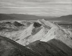 Thinker's Ridge, Death Valley - Laura Campbell
