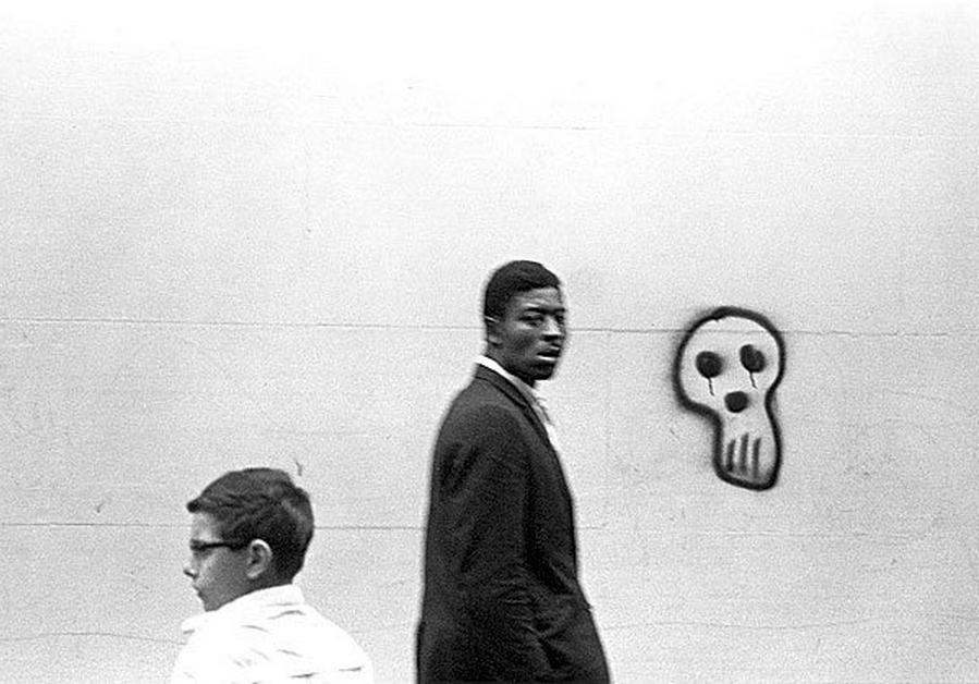 """""""Boy, Man and Graffiti"""" (1966)"""